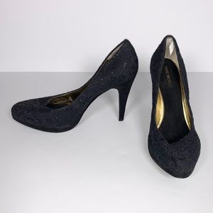 Nine West Black Rocha Platform Pumps Size 9